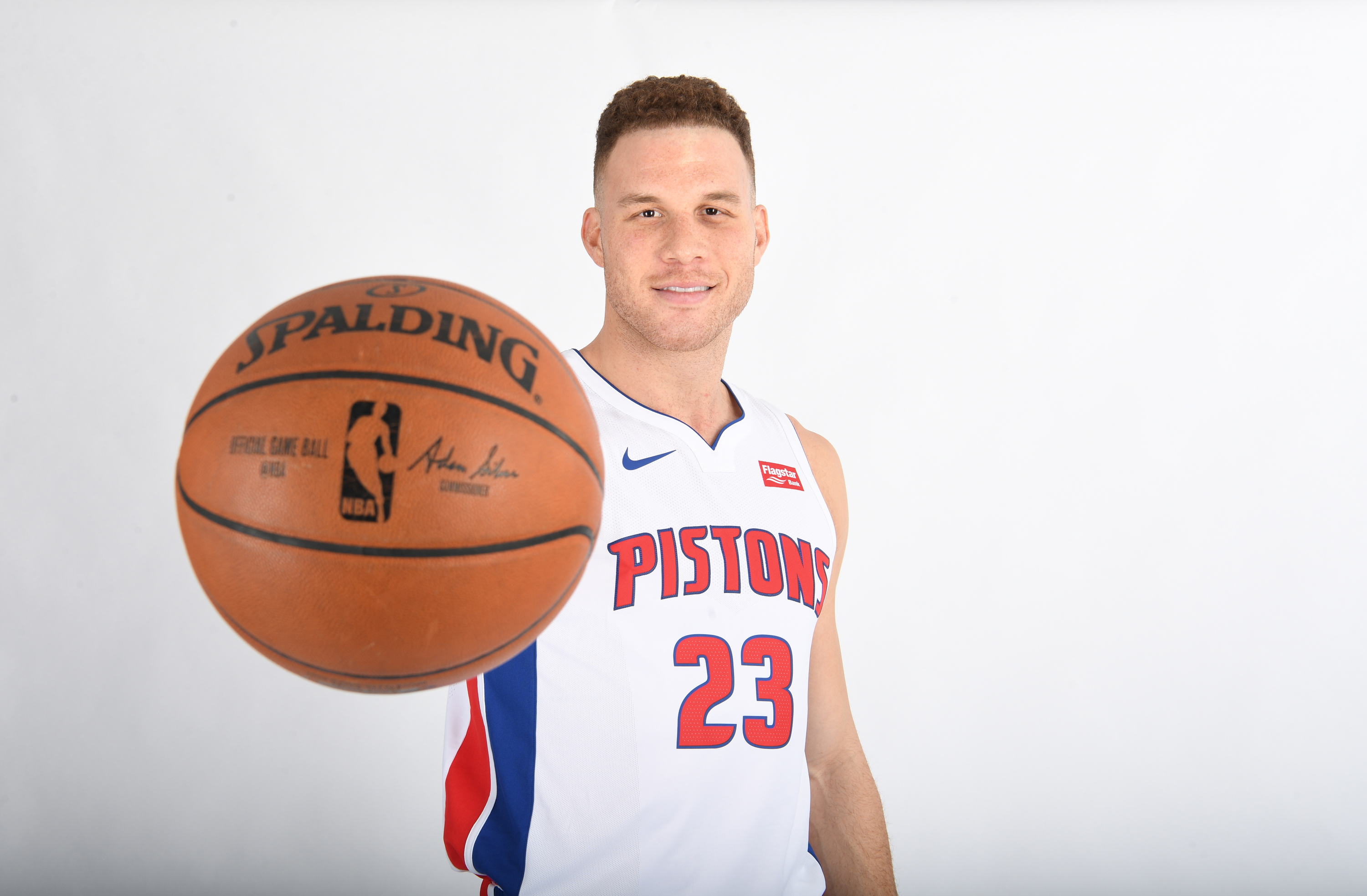 Blake Griffin Forgot His Jersey For the Second Half Of Pistons Debut